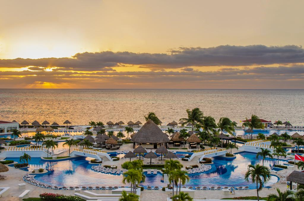 Moon Palace Golf and Spa Resort All-Inclusive