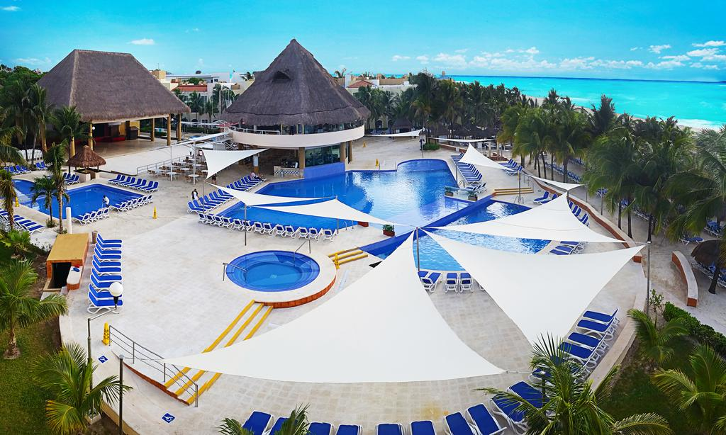 Viva Wyndham Maya Resort All-Inclusive