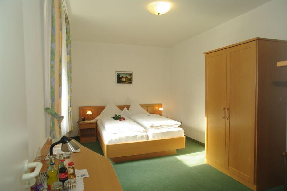Raeuber Lippoldskrug Land-gut-Hotel