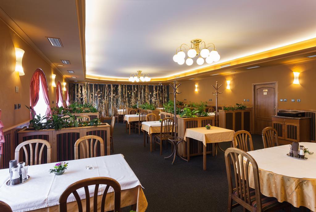 Hotel u Crlíků