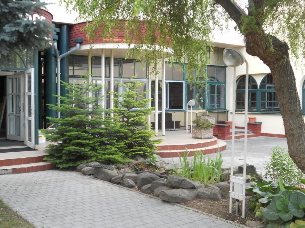 Motel Vega