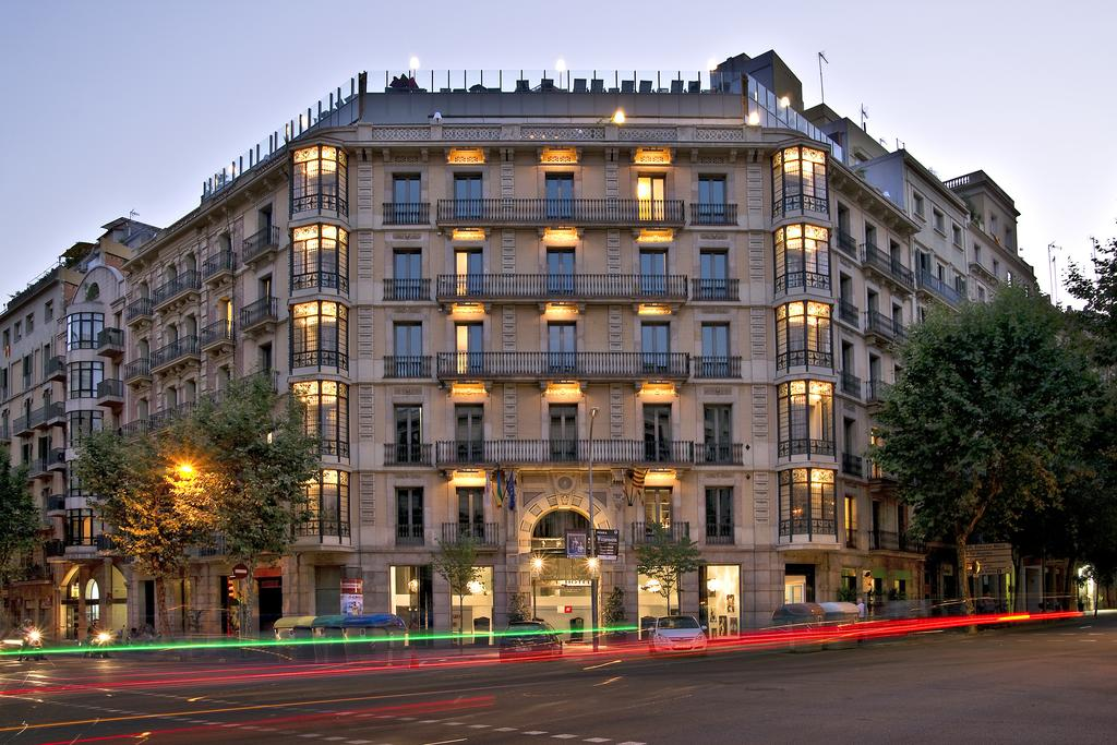 Axel Hotel Barcelona and Urban Spa