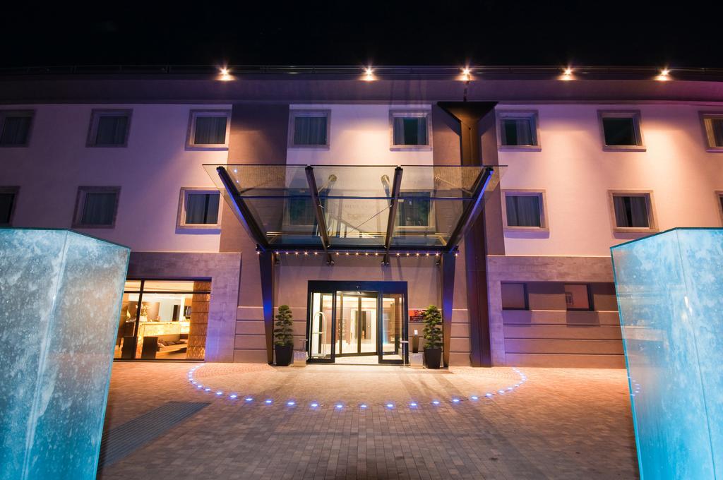 Winter Garden Hotel