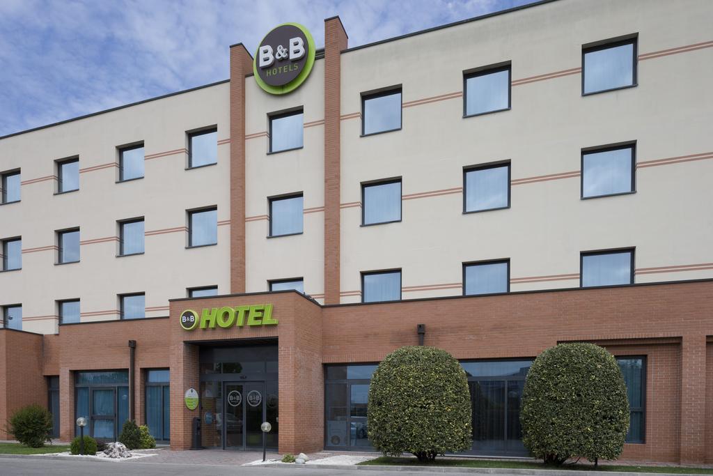 Bb Hotel Ferrara