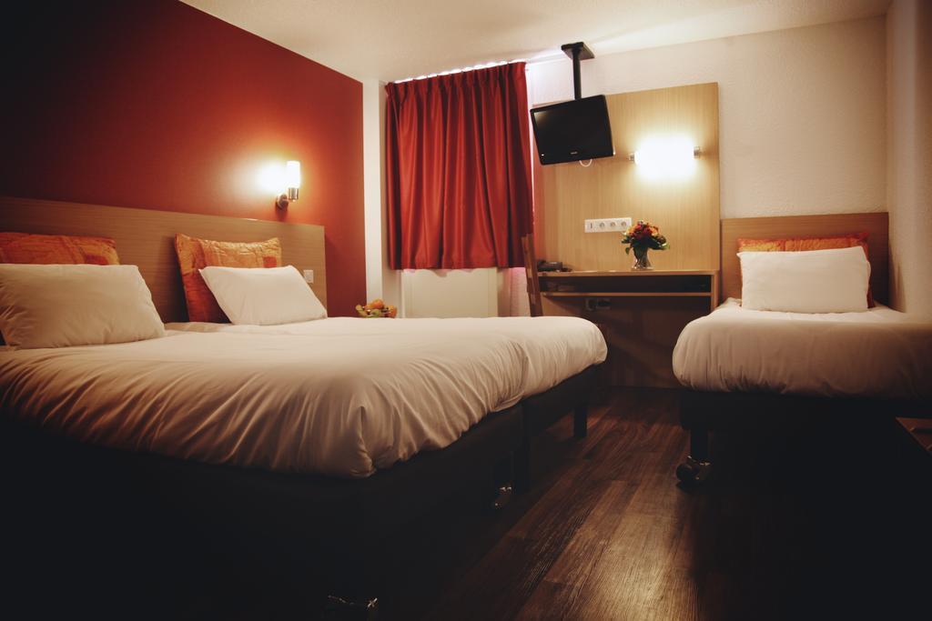 La Roseraie - Hotel and Restaurant