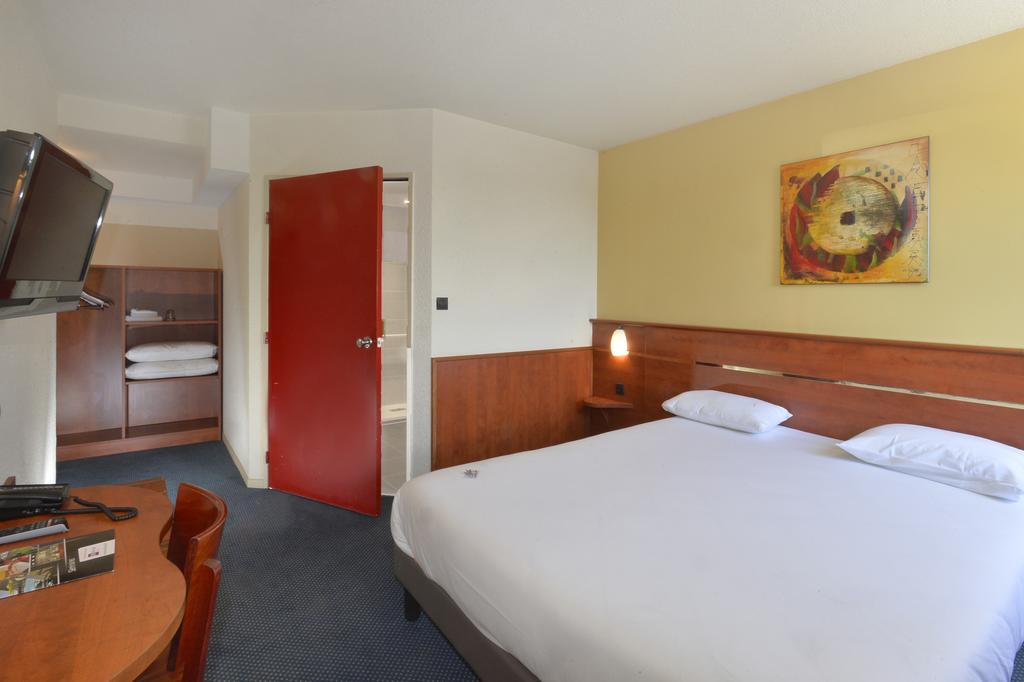 Brit Hotel Orléans St Jean de Braye - LAntarès