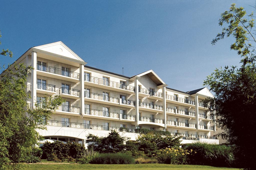 Hotel du Lac dEnghien Les Bains