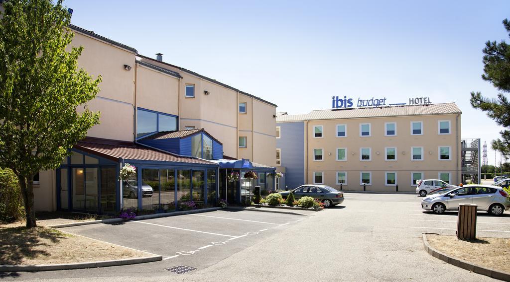 Hotel Ibis Budget Lyon Isle DAbeau