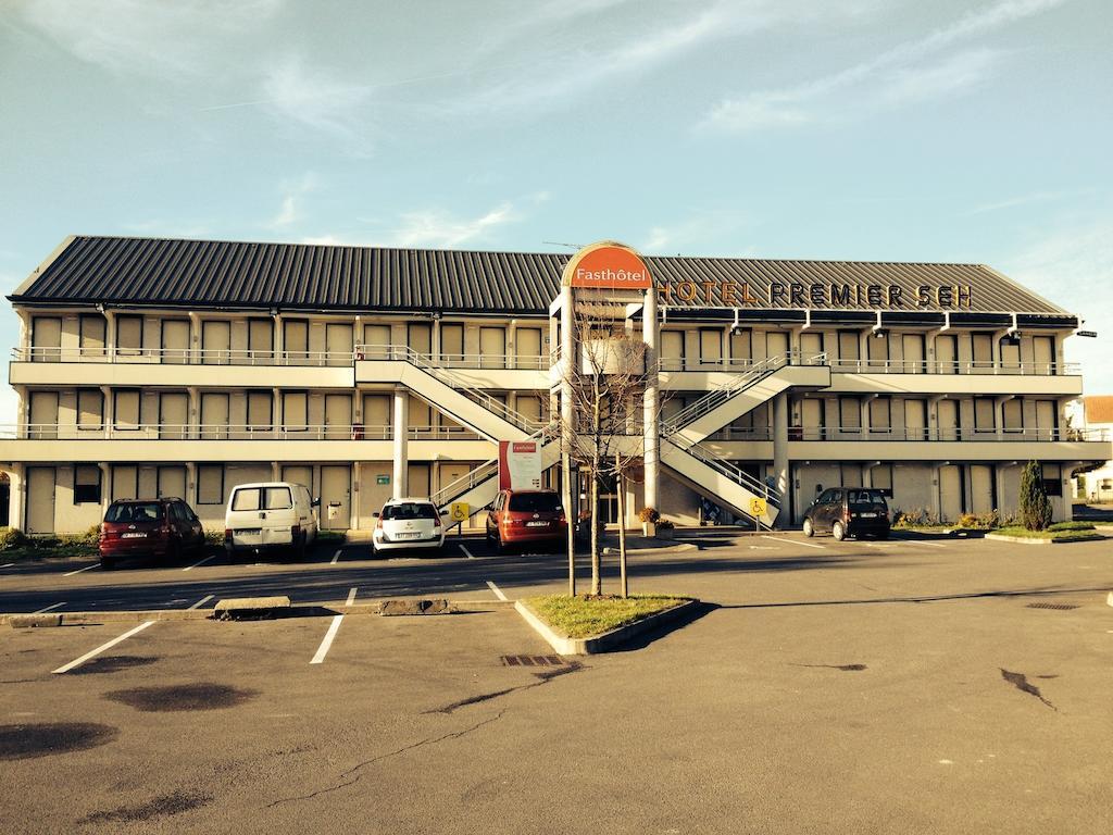 Fasthotel Roissy - Saint-Witz
