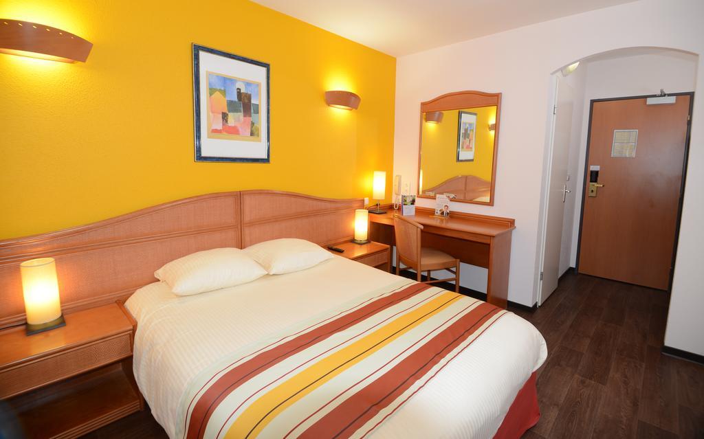 Hotel Roi Soleil Mondolsheim