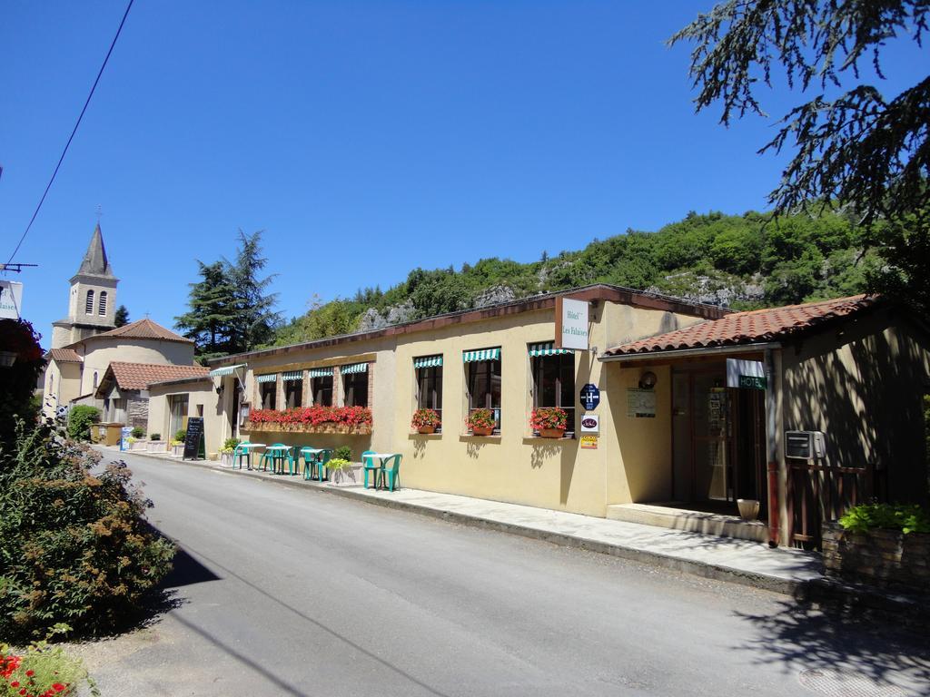 Hôtel Restaurant Les Falaises