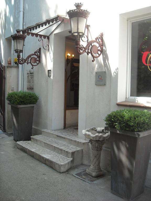 Inter-Hotel Clair Hotel