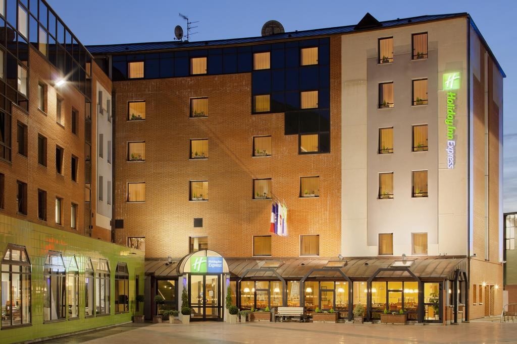 Holiday Inn Exp Arras