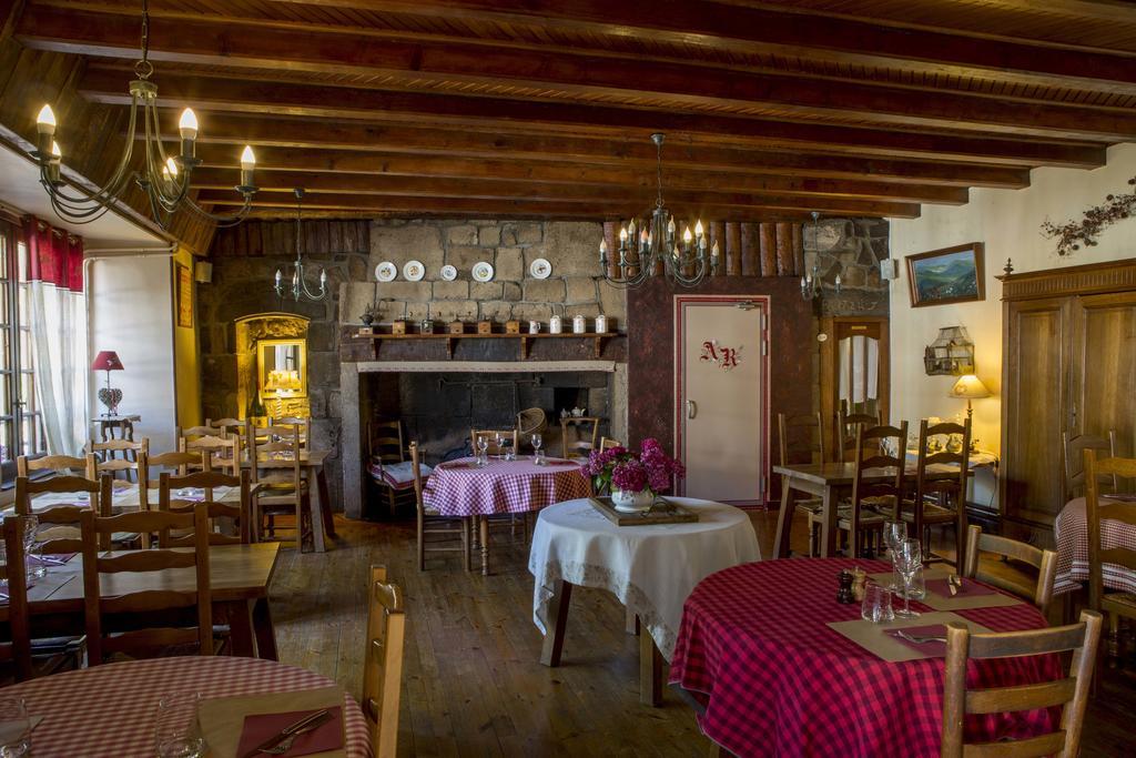 Hôtel Restaurant du Plomb du Cantal