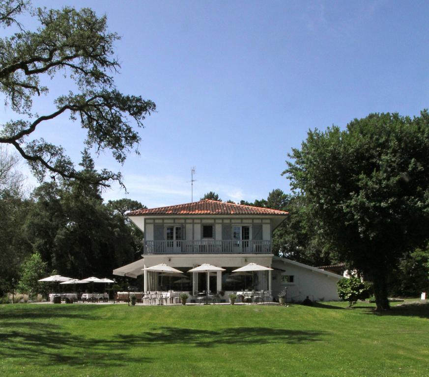 Villa de lEtang Blanc