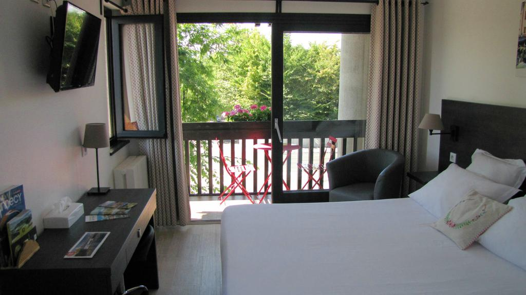 Logis hôtel Annecy nord - Argonay