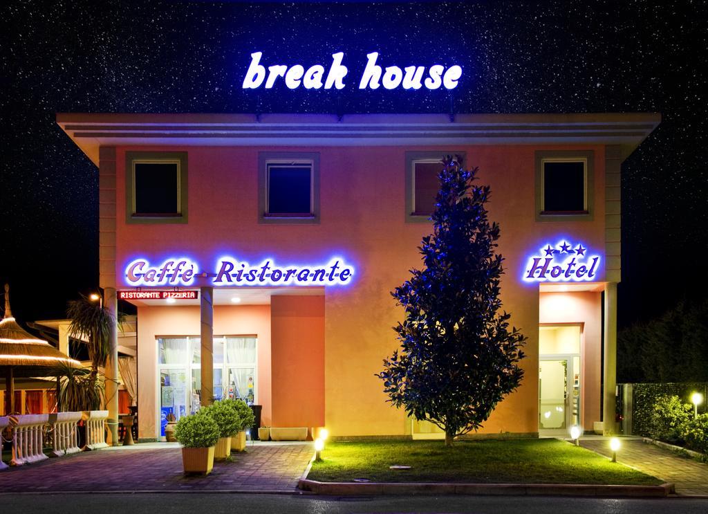 Break House Hotel