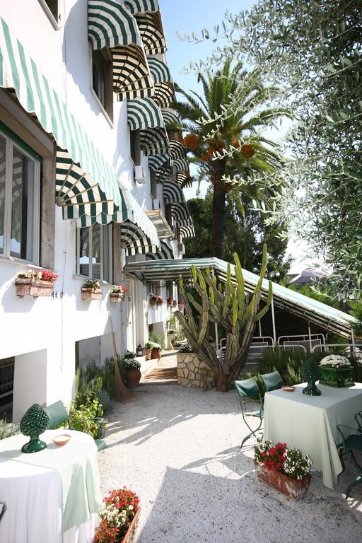 Hotel Eveline Portosole