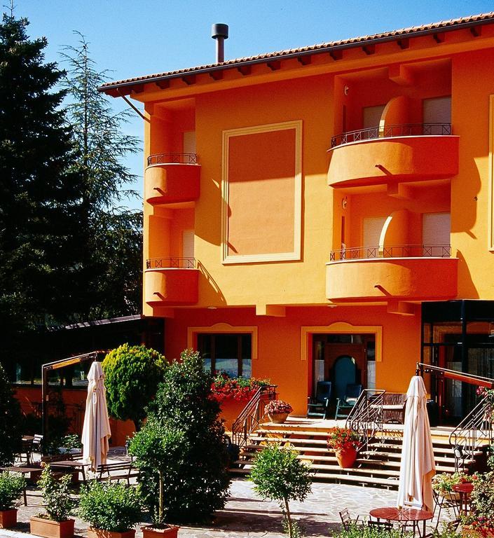 Hotel Ristorante Montenerone