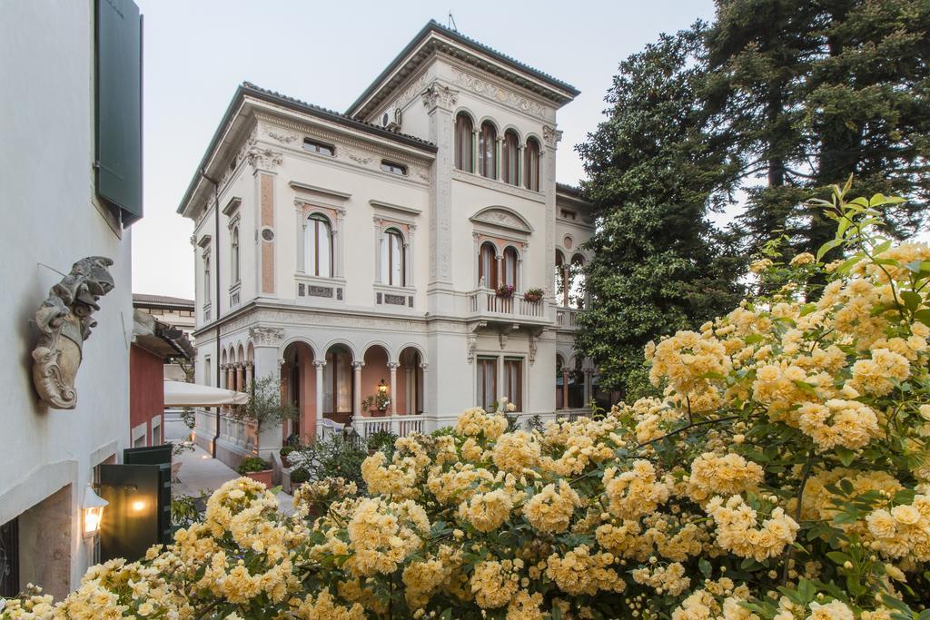 Villa Abbazia Relais and Chateaux