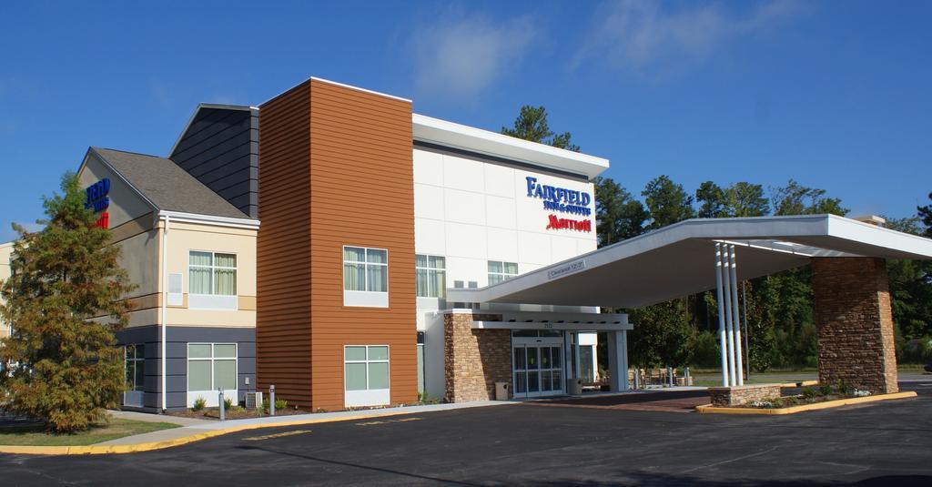 Fairfield Inn and Suites Chesapeake Suffolk