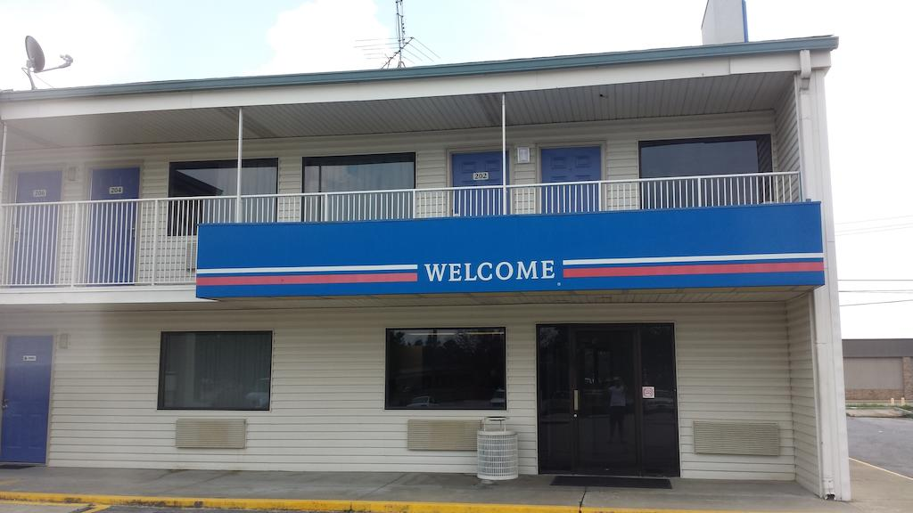 Motel 6 Anniston - Oxford-Talladega Speedway