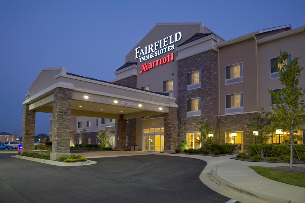 Fairfield Inn and Suites Montgomery-EastChase Parkway