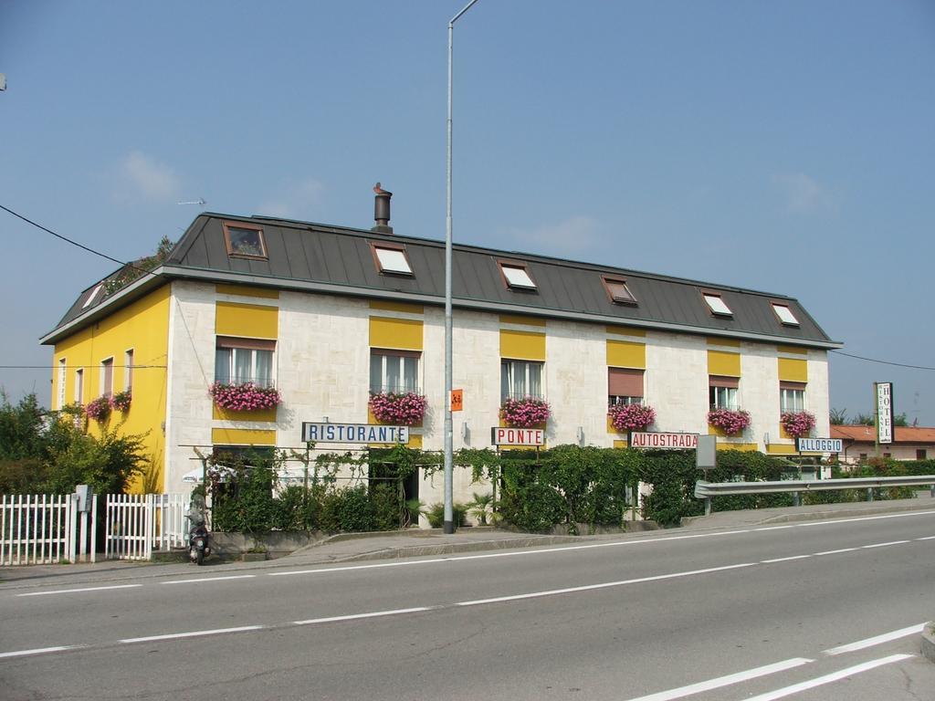 Hotel Ponte Autostrada