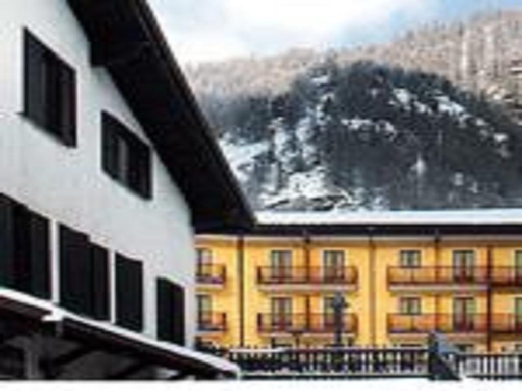 Hotel Casa Alpina Don Barra