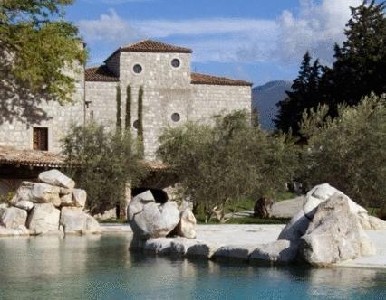 Aquapetra Resort And Spa