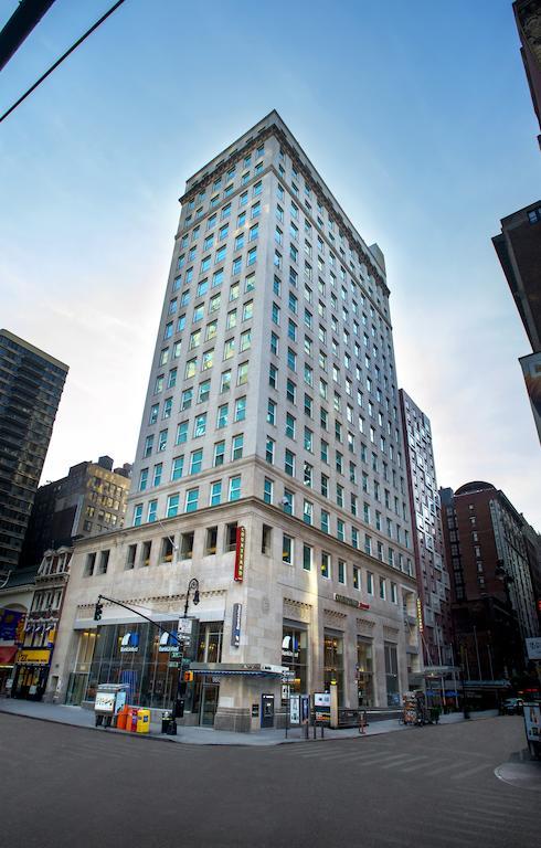 Courtyard New York ManhattanHerald Square
