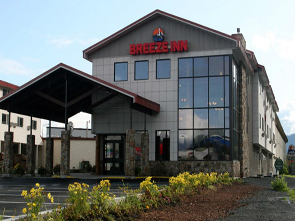 Breeze Inn Motel