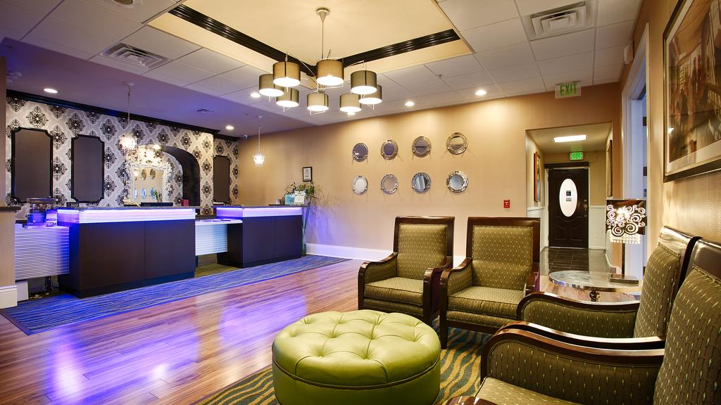 BEST WESTERN PLUS San Pedro Hotel and Suites