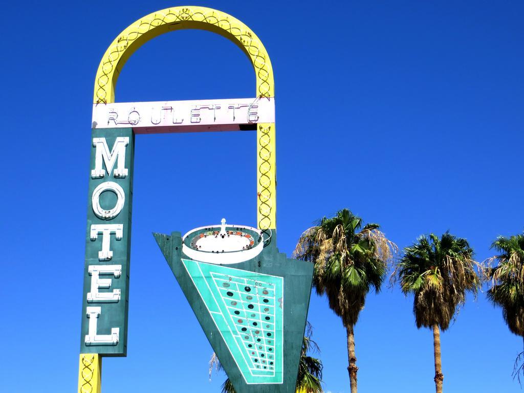 Roulette Motel