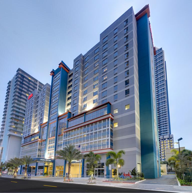Hampton Inn and Suites by Hilton Miami Downtown-Brickell
