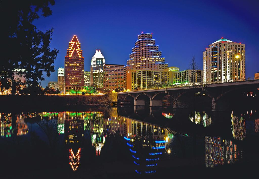 Radisson Hotel and Suites Austin Downtown