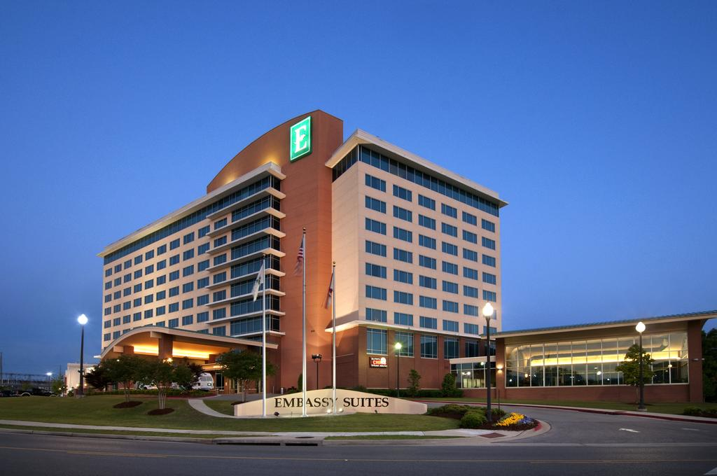 Embassy Suites Huntsville - Hotel and Spa