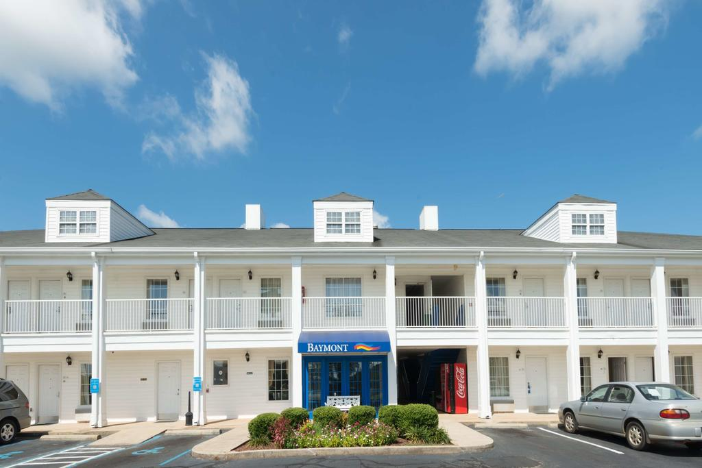 Baymont Inn and Suites Greenville  I 65
