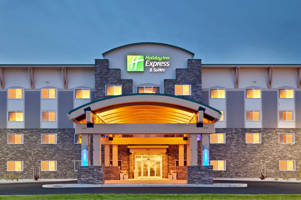 Holiday Inn Express Suites