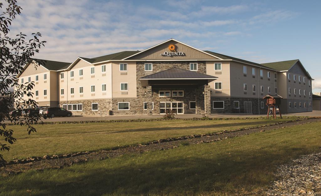 La Quinta Inn and Suites Fairbanks Airport