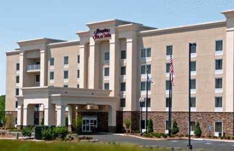 Hampton Inn and Suites Lanett West Point - AL