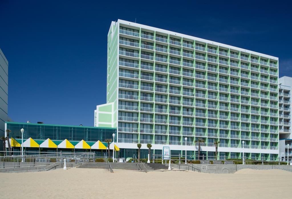 Holiday Inn Oceanside 21St