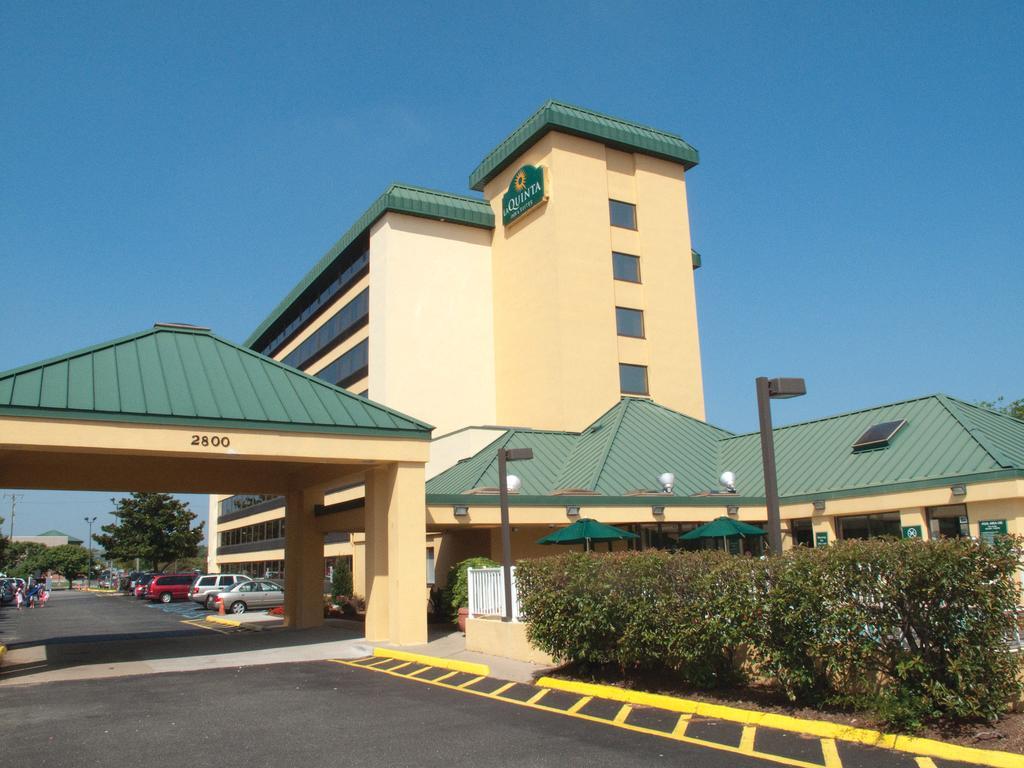La Quinta Inn and Suites Virginia Beach