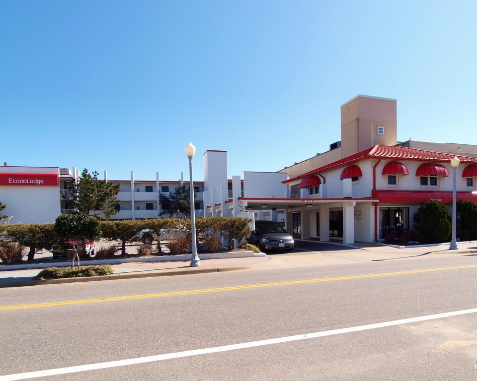 Econo Lodge Virginia Beach - On the Ocean