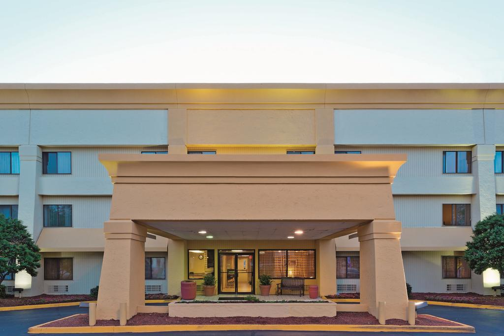 La Quinta Inn and Suites Meridian