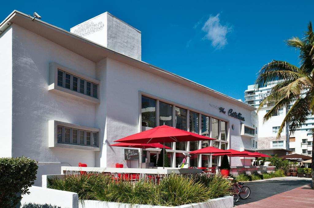 Catalina Hotel and Beach Club