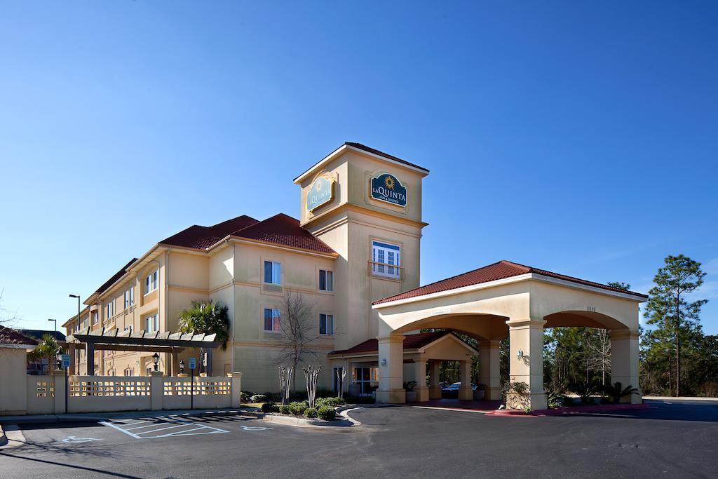 La Quinta Inn and Suites Mobile - Daphne