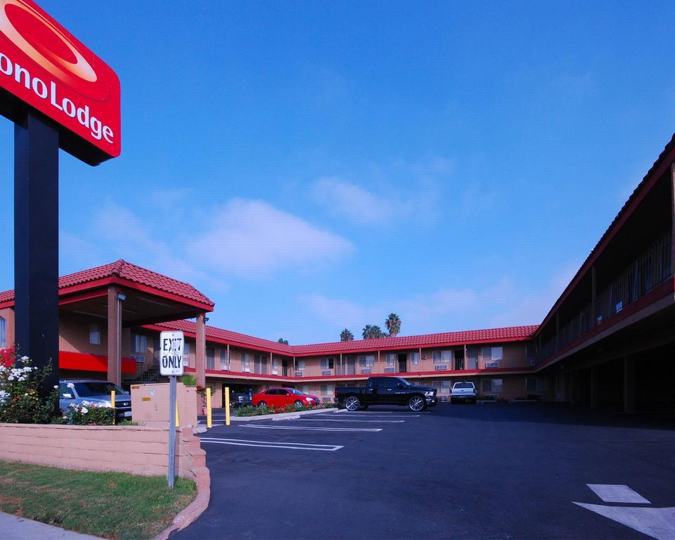 Econo Lodge Carson near StubHub Center