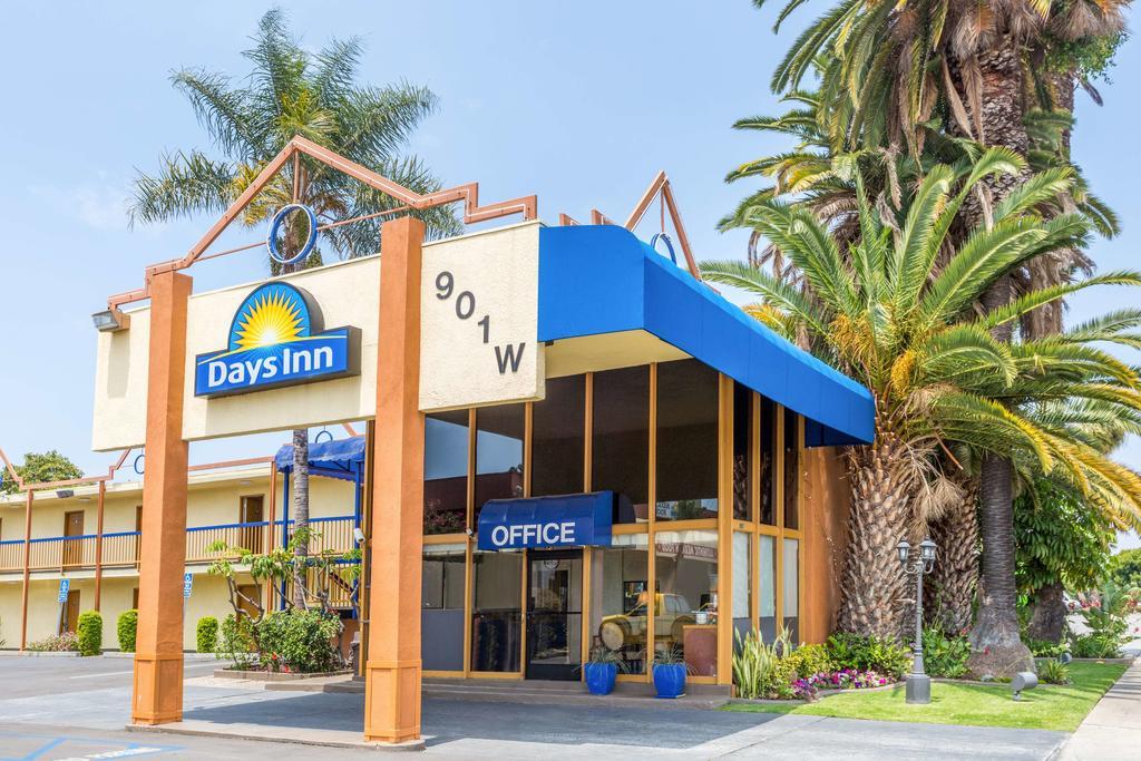 Days Inn Los Angeles Lax Airport-Venice Beach-Marina Del Ray