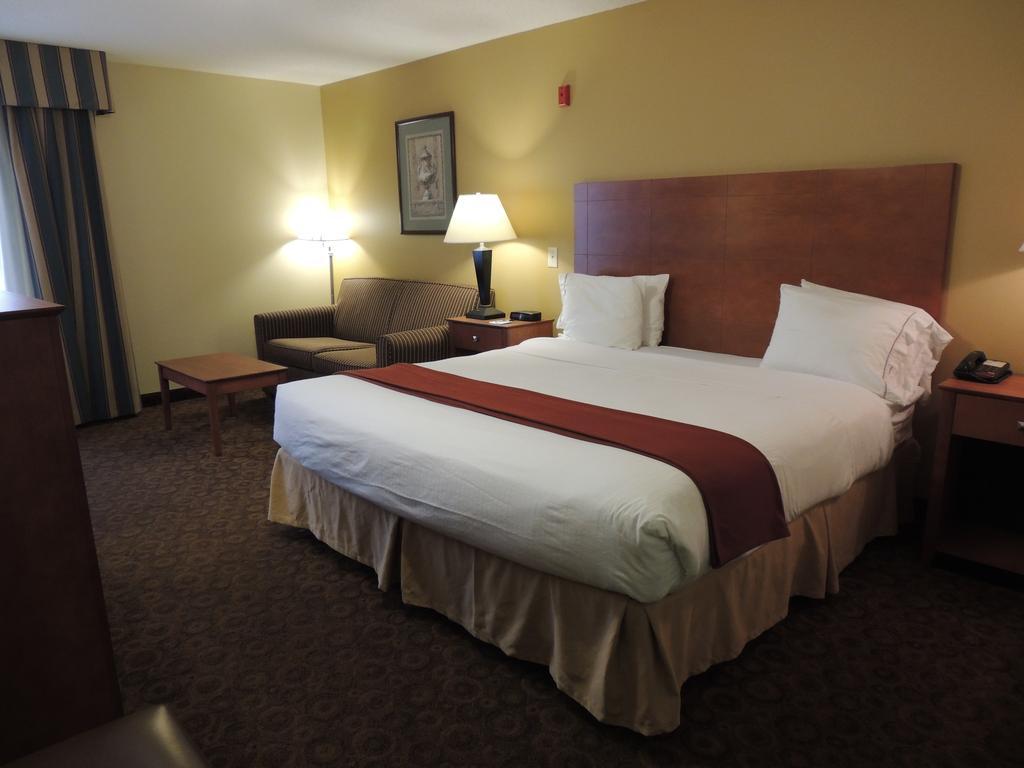 Holiday Inn Express Suite Trussville